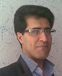Selecting Dr. Alireza Rouhi as the outstanding Ph.D. graduate of the faculty of Computer Engineering in year 2017.